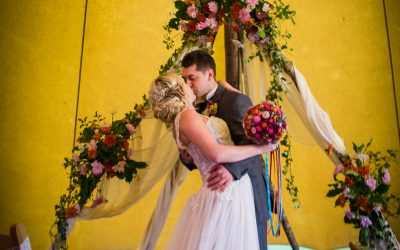 7 delightful benefits of a bank holiday wedding